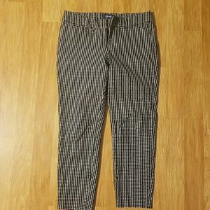 Old Navy ankle pixie dress pants houndstooth